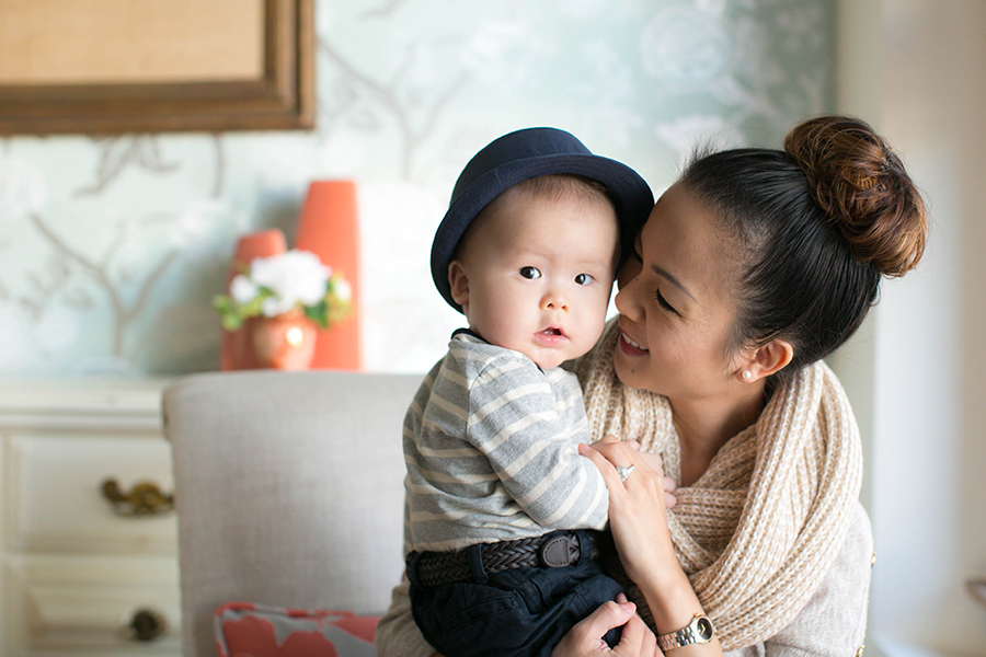 7 month old baby boy with mommy