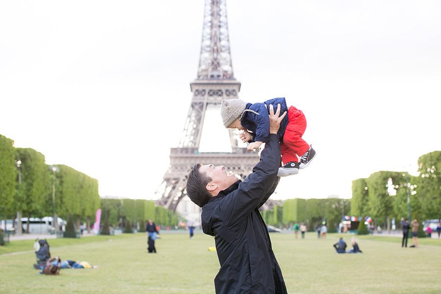 С эйфелевой башней детское
