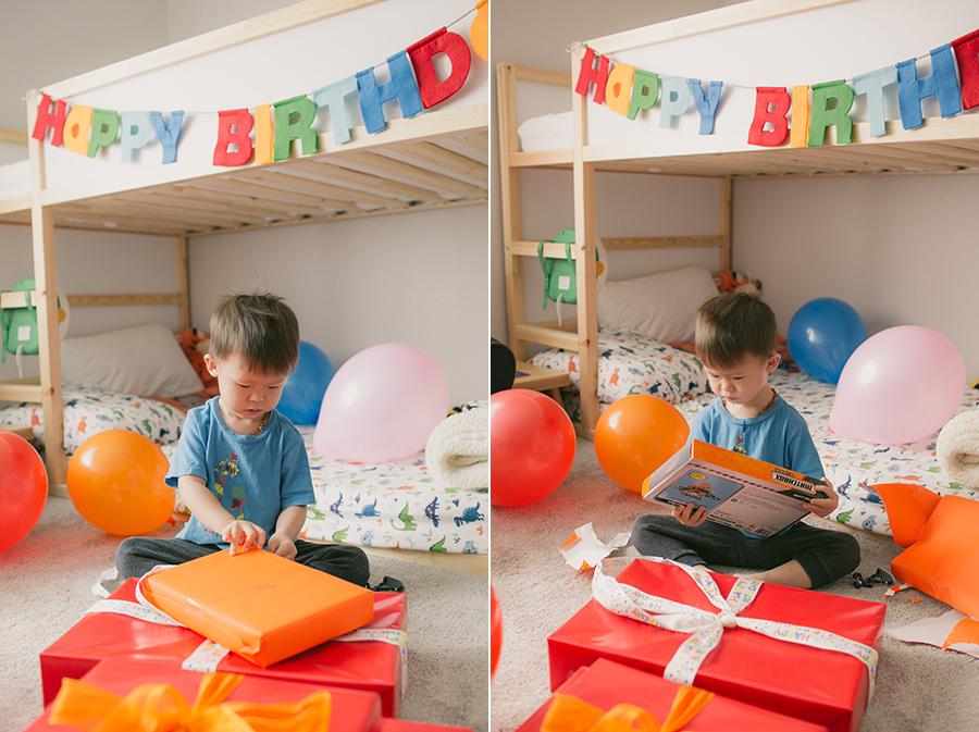 nolan's 2nd birthday - opening gifts